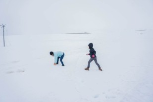 fun-in-the-snow-in-Iceland